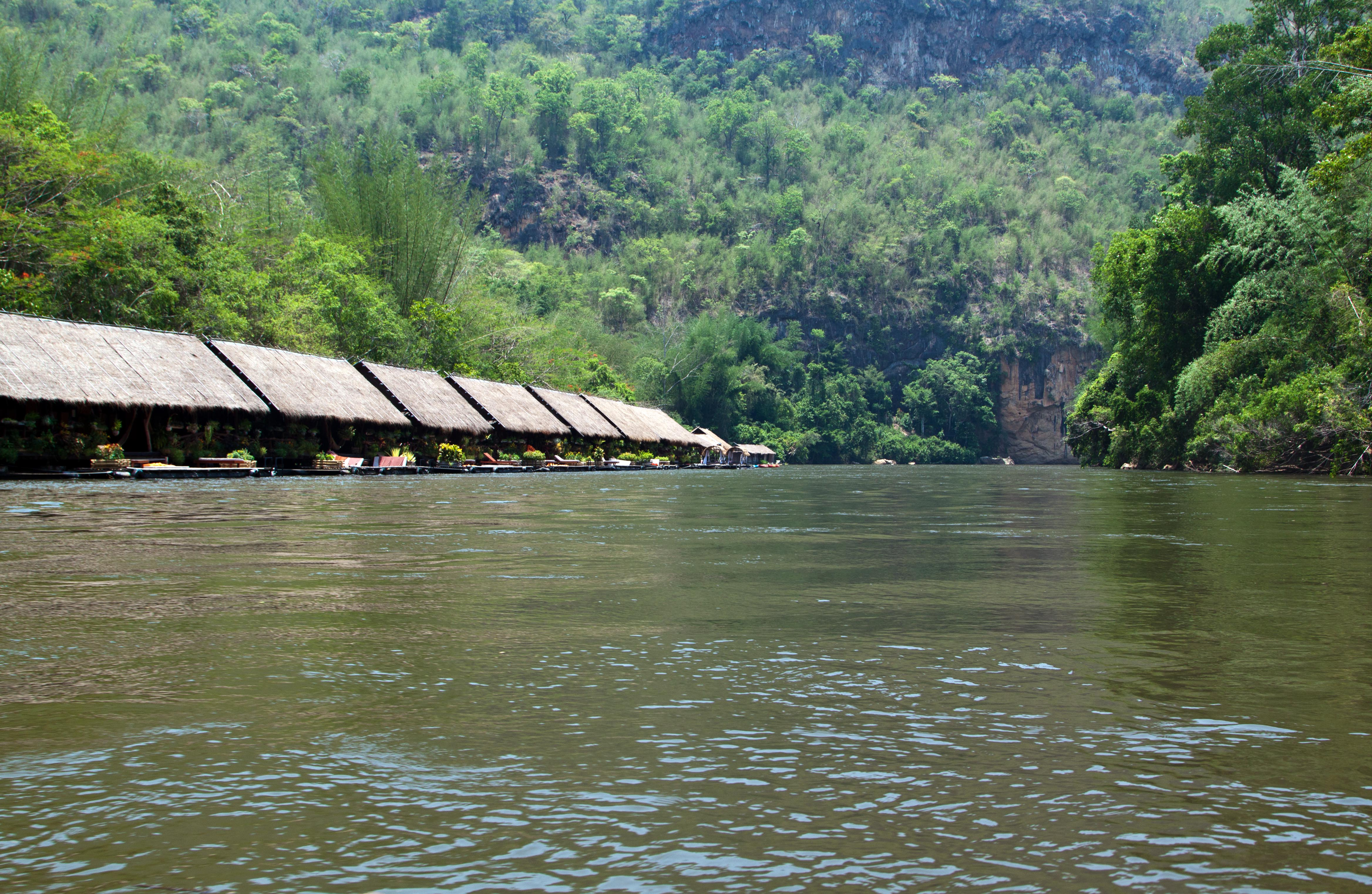 Sai Yok Nationalpark zur River Kwai Jungle Lodge Thailand